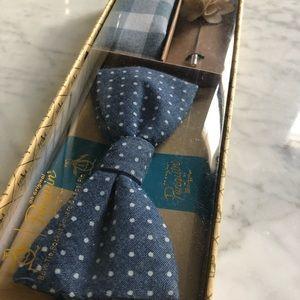 Original Penguin Accessories - Original Penguin bow tie/pocket scarf
